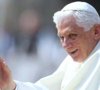 Benedetto XVI rinuncia al ministero di Vescovo di Roma, Successore di San Pietro